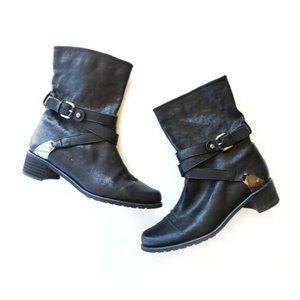 Stuart Weitzman Nu Ranch Dressing Boots Black
